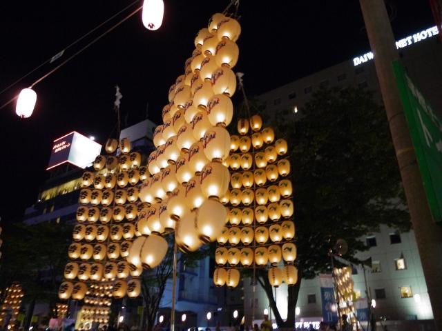 秋田ー秋田竿燈まつり1